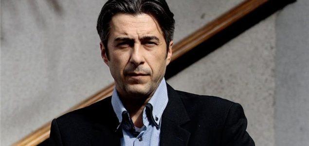 Dino Abazović: Samo idiotu nije bitno u kakvom društvu živi