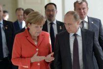 Merkel će se sastati s Putinom u ponedjeljak u Parizu