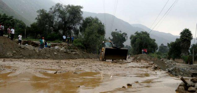 U poplavama u Peruu poginulo 28 osoba