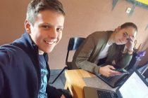 """Mladi inovatori iz Srebrenice: Marica i Haris osmislili pametni kontejner """"Smećko"""""""