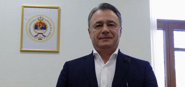 """Perović prijetio CAPITAL-u: """"Ugasiću vas. Imaćete mnogo problema spomenete li još jednom """"Comsar"""", bolje da se selite…"""""""
