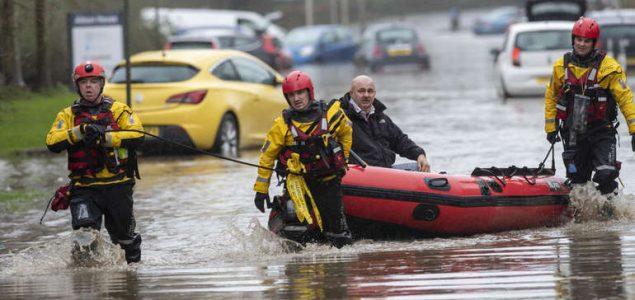 Oluja Dennis pogodila gradove širom Evrope