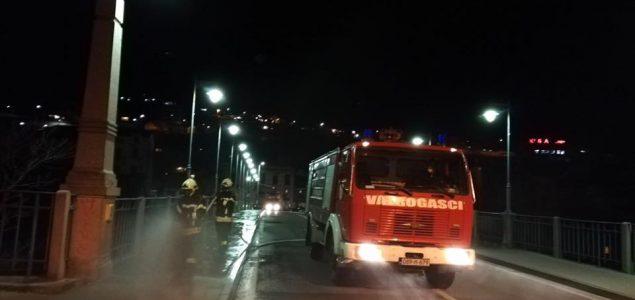 Tarik Tanović: Vatrogasne službe opremiti i za gašenje požara i za suzbijanje epidemije