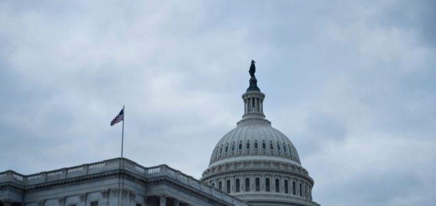 Demokrate i republikanci postigli dogovor o ogromnom paketu pomoći