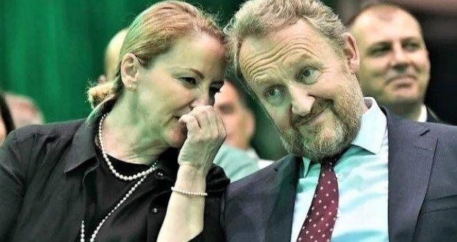 Rizičan ples predsjedničke porodice Izetbegović!? | Tacno.net