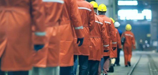 POSLJEDICE PANDEMIJE: Iz velikih kompanija radnike tjeraju, redovi pred kuhinjama, 30.000 ljudi otpušteno