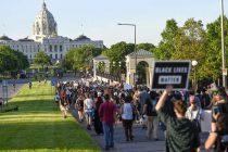 Guterres pozvao građane na mirne proteste, a čelnike na suzdržanost