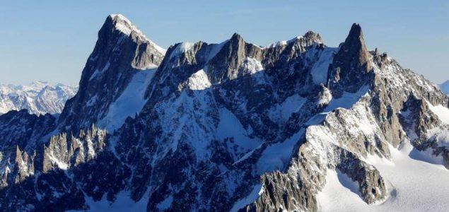 Evakuacija stanovnika zbog lomljenja ledenjaka na Mont Blancu