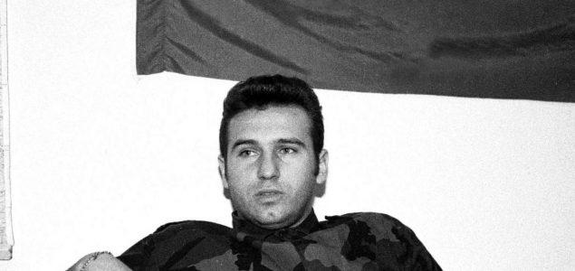 Zoran Milanović odlikuje Miju Jelića, ratnog monstruma, bjegunca osumnjičenog za ratne zločine u Mostaru