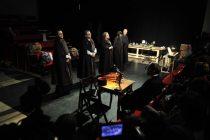 Beogradska premijera predstave 'Srebrenica. Kad mi ubijeni ustanemo'