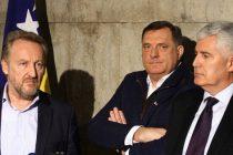 Glasovi otpora: Uzdrmana beskrupulozna trojka