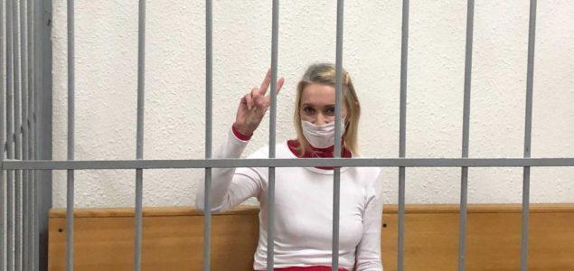 Zatvor švajcarsko-beloruskoj državljanki kao upozorenje demonstrantima u Belorusiji