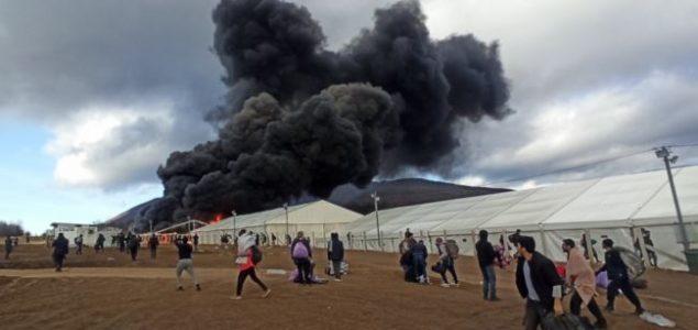 U Bihaću odbili instrukcije države da vrate migrante u kamp Bira