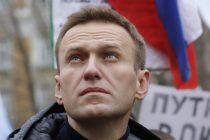 Navalnom prijeti zatvor ako se vrati u Rusiju