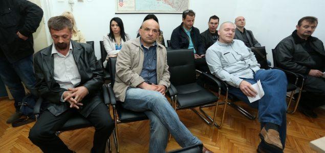 Sramota: Za ratni zločin ubojstva starice tri godine zatvora