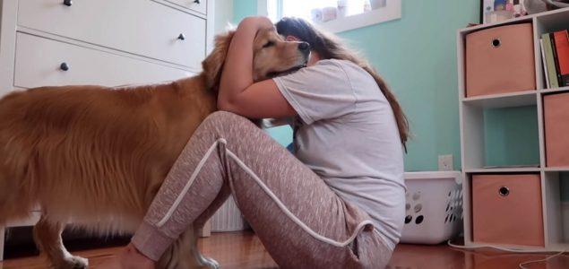 Pokazala kako njen službeni pas reagira kad je uhvati napadaj panike