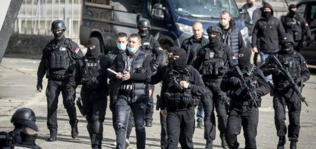 U Srbiji uhapšeno šest osoba osumnjičenih da su članovi grupe Veljka Belivuka