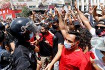 U Tunisu kriza ne jenjava, predsjednik smijenio i ministra odbrane