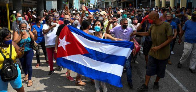 Kuba ukida restrikcije na hranu i lijekove nakon što su građani izašli na ulice za vikend