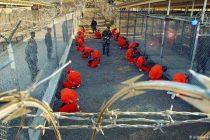 Demokratski zastupnici pozivaju Bidena da zatvori Guantanamo