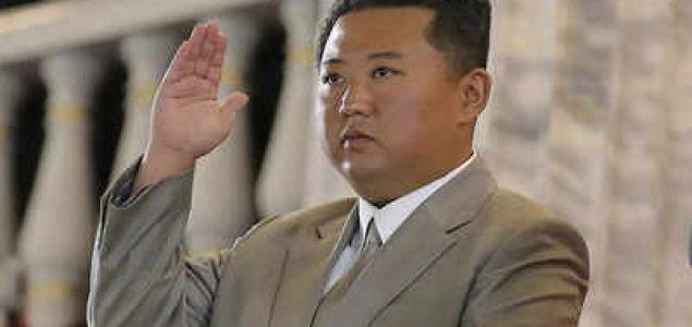 Kim ponudio otvaranje vruće linije sa Južnom Korejom