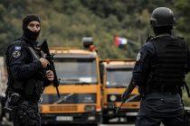 Kosovo: Zapaljen Centar za registraciju vozila u Zubinom Potoku, bačena bomba u Zvečanu